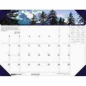 HOUSE OF DOOLITTLE MOUNTAINS OF THE WORLD PHOTOGRAPHIC MONTHLY DESK PAD CALENDAR, 22 X 17