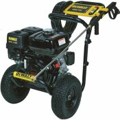 DEWALT 4000 PSI AT 3.5 GPM GAS PRESSURE WASHER POWERED BY HONDA WITH AAA TRIPLEX PUMP - CALIFORNIA COMPLIANT